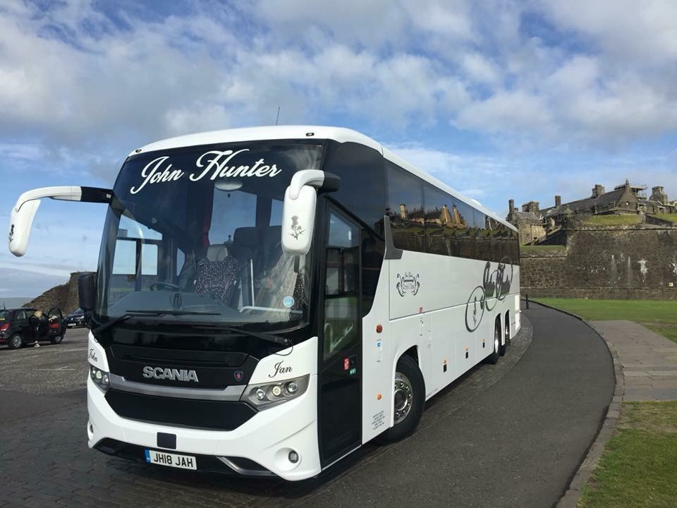 Hunters coaches for golfing and sightseeing tours